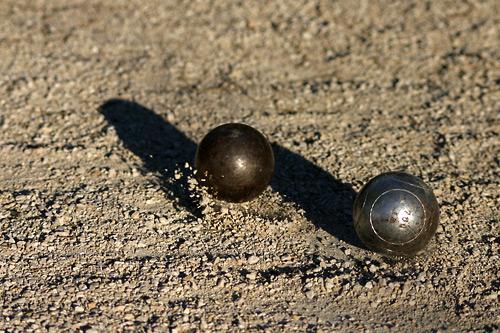 Jeu de boules p tanque for Regle de la petanque provencale